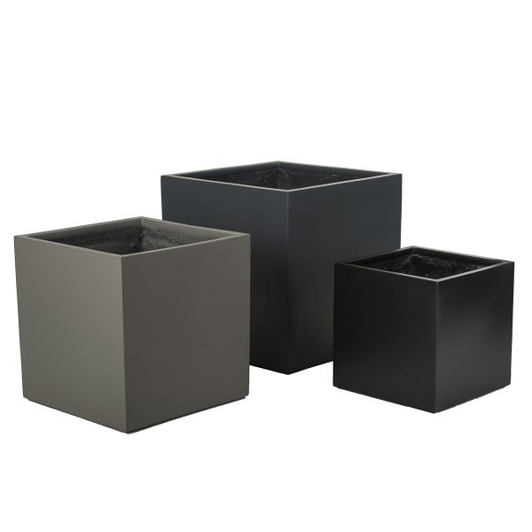 Carlton-George-Cube-Charcoal-Black-Putty-Sized